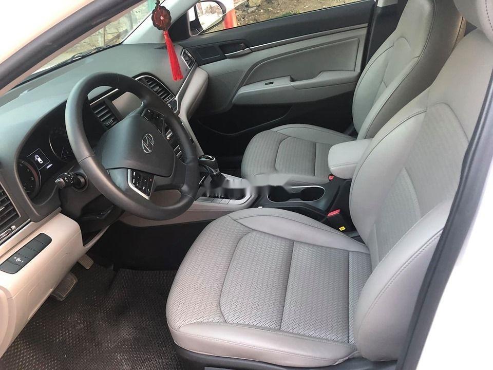 Bán Hyundai Elantra GLS năm sản xuất 2016, màu trắng số tự động  (5)