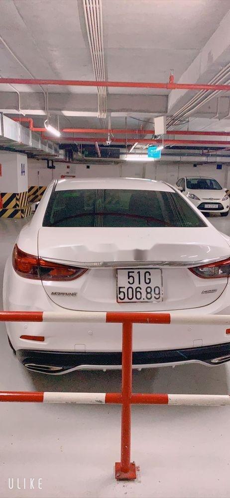 Cần bán xe cũ Mazda 6 năm sản xuất 2017, màu trắng như mới (3)