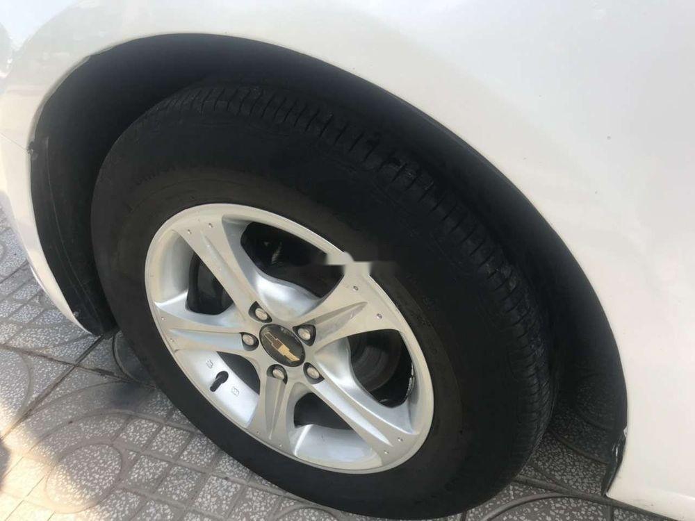 Bán Chevrolet Cruze 2011, màu trắng như mới (10)