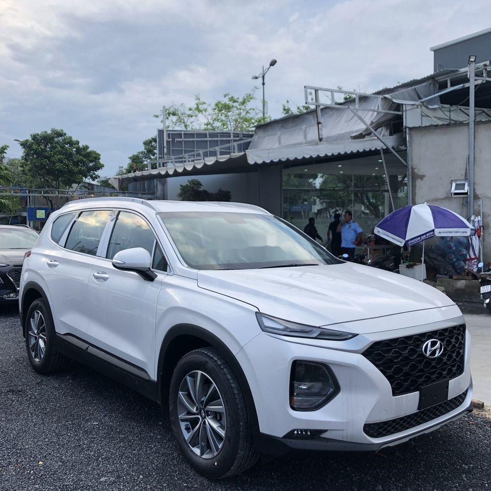 Bán Hyundai Santa Fe năm sản xuất 2019, màu trắng, giá chỉ 995 triệu (2)