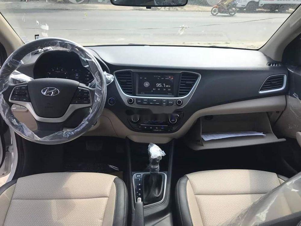 Bán xe Hyundai Accent 1.4AT sản xuất 2019, giá tốt (3)