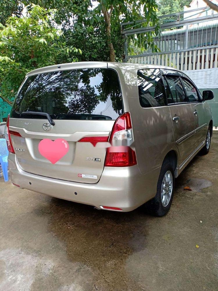 Bán Toyota Innova sản xuất năm 2014, nhập khẩu nguyên chiếc (2)