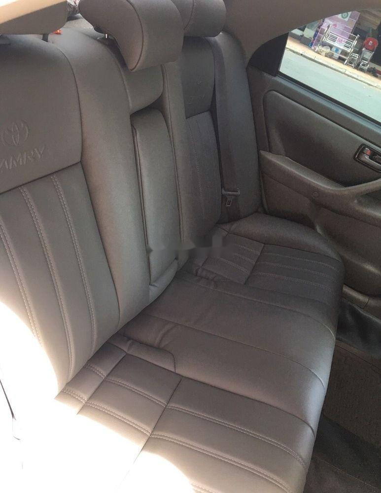 Bán xe Toyota Camry đời 2000, xe nhập, giá chỉ 210 triệu (2)