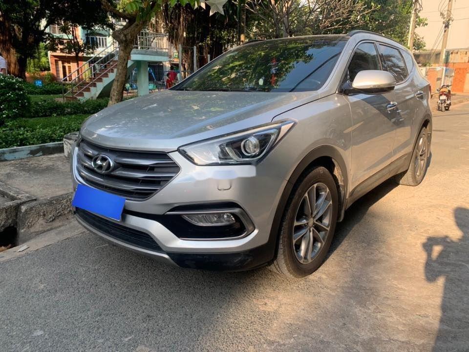Bán Hyundai Santa Fe 4X4 AT đời 2016, màu bạc (2)