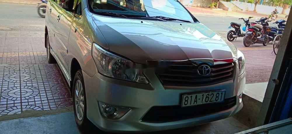 Bán Toyota Innova MT sản xuất năm 2013 (1)