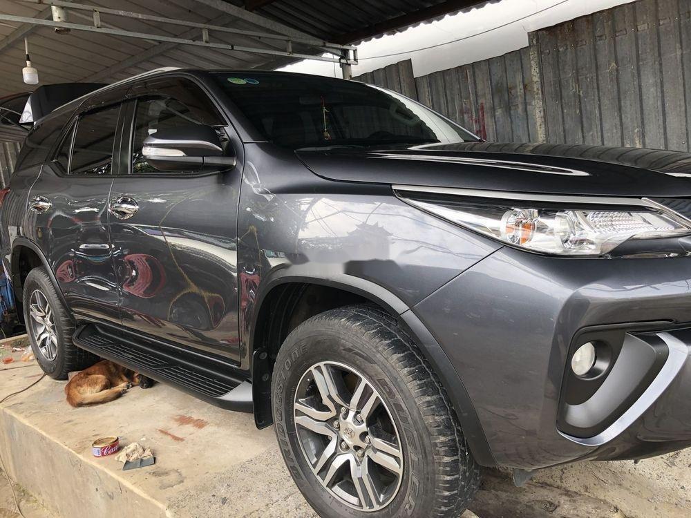 Cần bán gấp Toyota Fortuner G 2017, màu xám, xe nhập chính chủ (3)