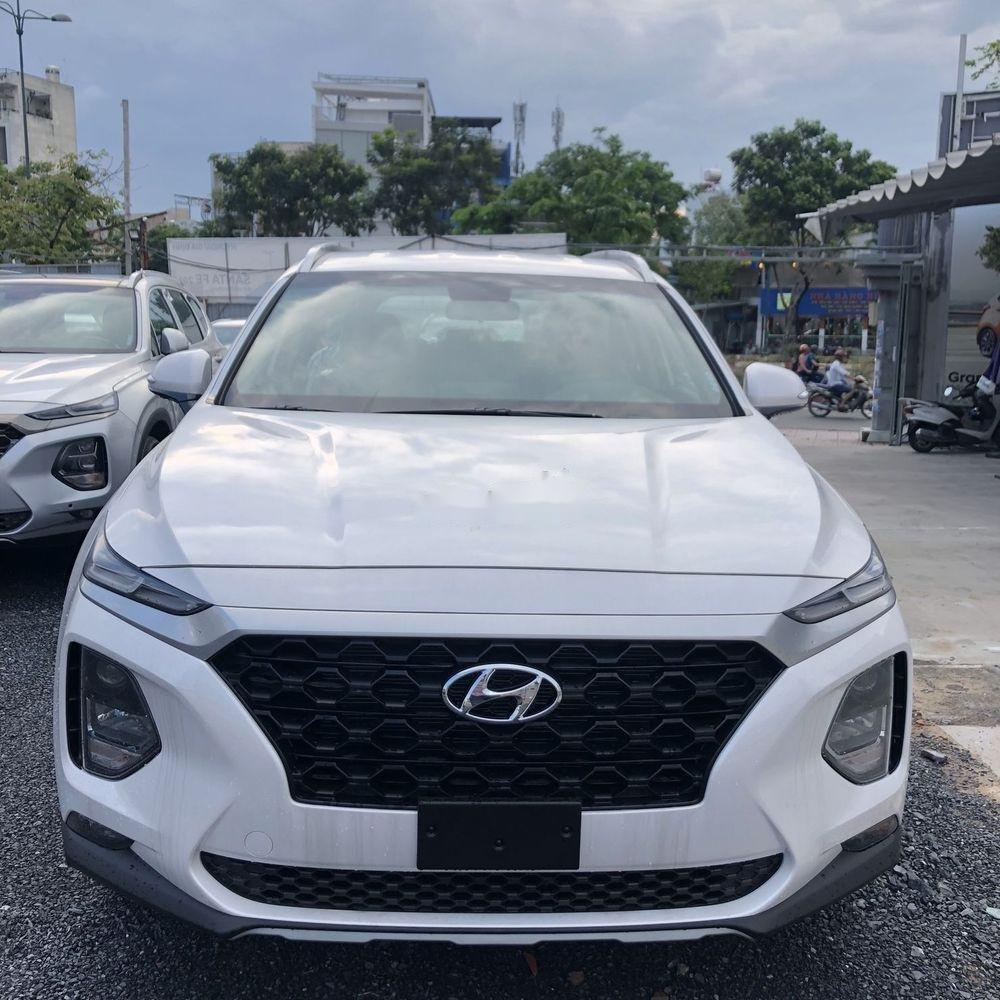 Bán Hyundai Santa Fe năm sản xuất 2019, màu trắng, giá chỉ 995 triệu (1)