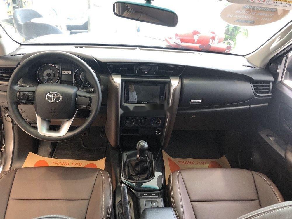Bán xe Toyota Fortuner 2.4 đời 2019, máy dầu, giá tốt (6)
