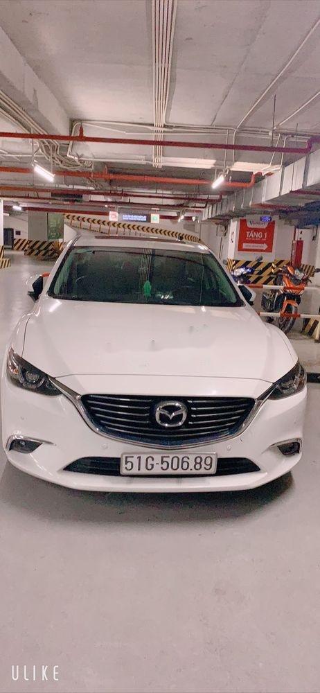 Cần bán xe cũ Mazda 6 năm sản xuất 2017, màu trắng như mới (2)