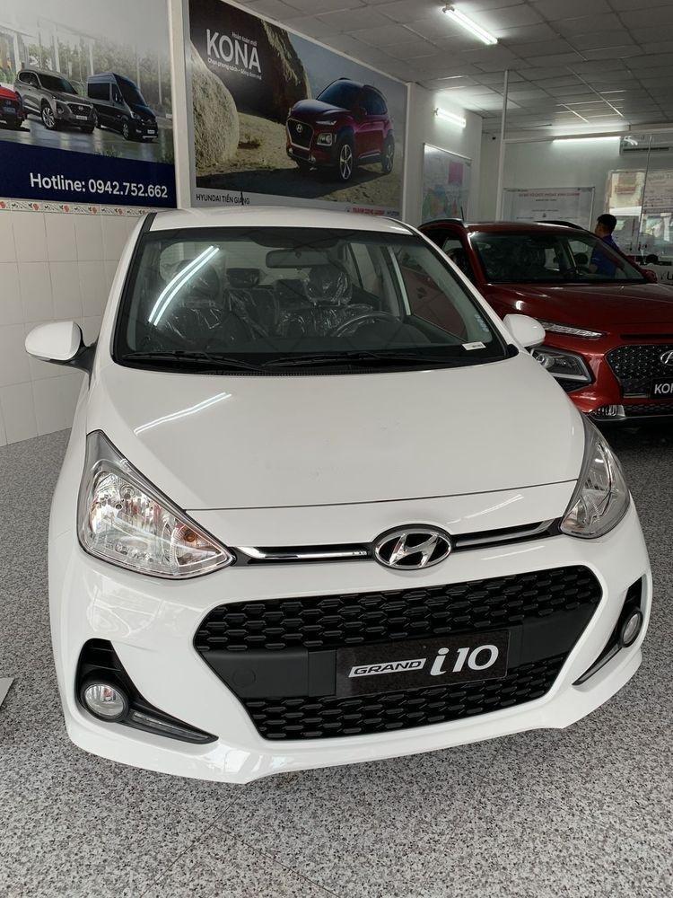 Bán Hyundai Grand i10 sản xuất 2019, màu trắng, 330 triệu (1)