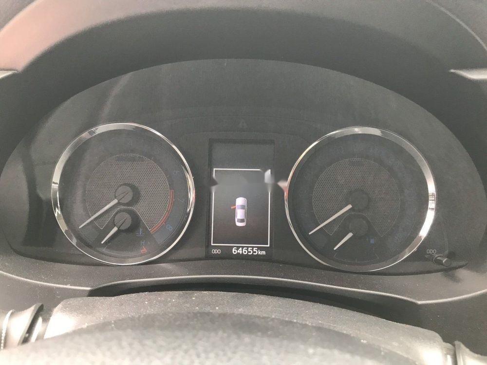 Cần bán Toyota Corolla Altis đời 2016, màu bạc, số tự động, máy xăng (8)