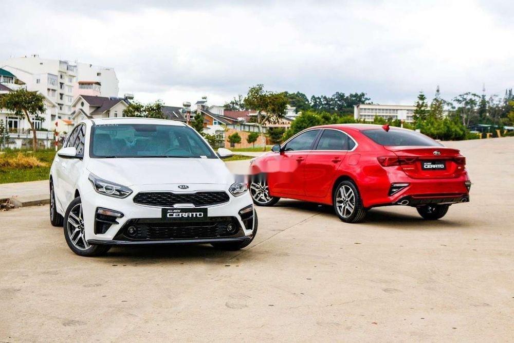 Cần bán xe Kia Cerato năm sản xuất 2019, màu đỏ, xe nhập (4)