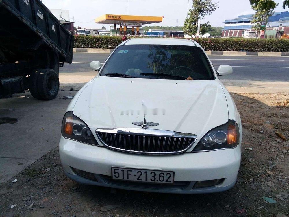 Cần bán lại xe Daewoo Magnus AT năm sản xuất 2004, màu trắng, nhập khẩu, giá 95tr (1)