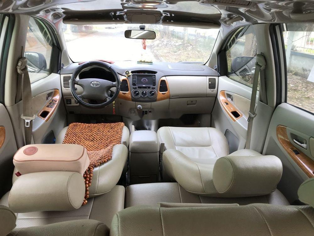 Cần bán Toyota Innova G đời 2010, màu bạc, nhập khẩu nguyên chiếc còn mới, giá chỉ 365 triệu (5)