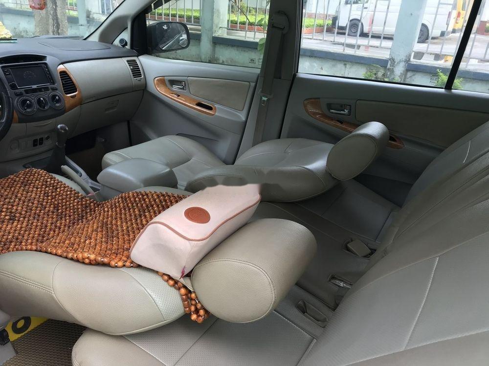 Cần bán Toyota Innova G đời 2010, màu bạc, nhập khẩu nguyên chiếc còn mới, giá chỉ 365 triệu (6)