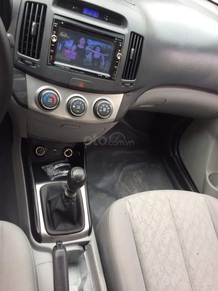 Cần bán Hyundai Avante đăng ký lần đầu 2015, màu bạc nhập khẩu nguyên chiếc giá chỉ 355 triệu đồng (5)