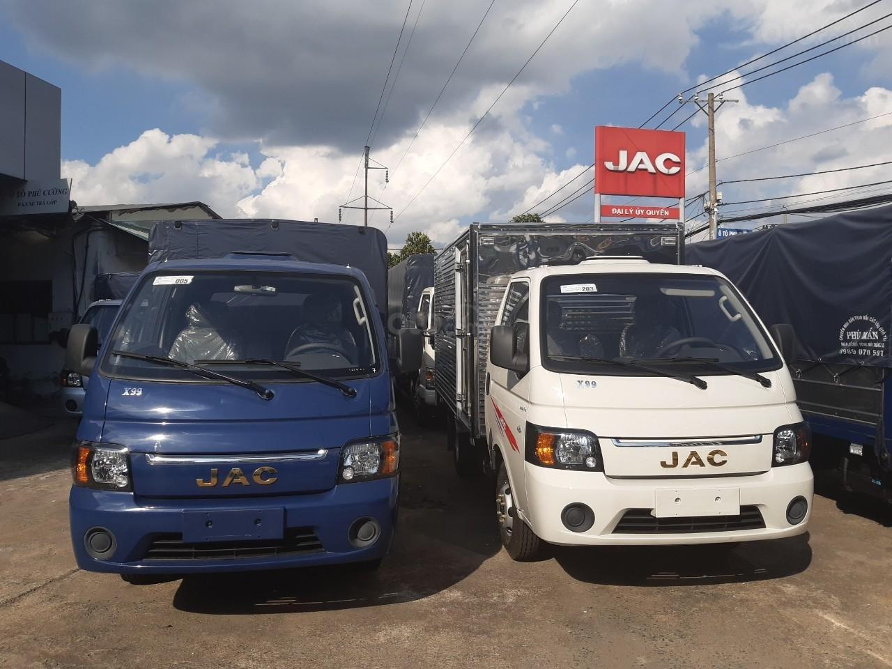 Cần bán JAC X99 2019 Euro 4, màu bạc, giá tốt, thùng dài 3m2 (2)