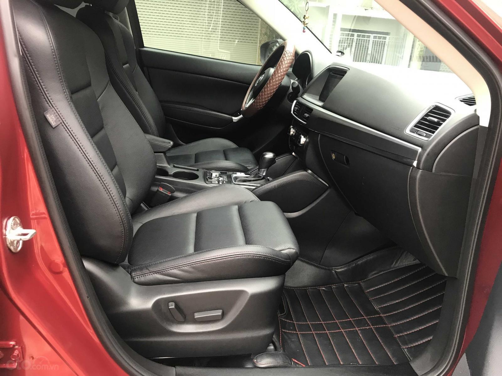 Bán Mazda CX 5 đăng ký lần đầu 2016, màu đỏ còn mới, giá 770 triệu đồng (10)