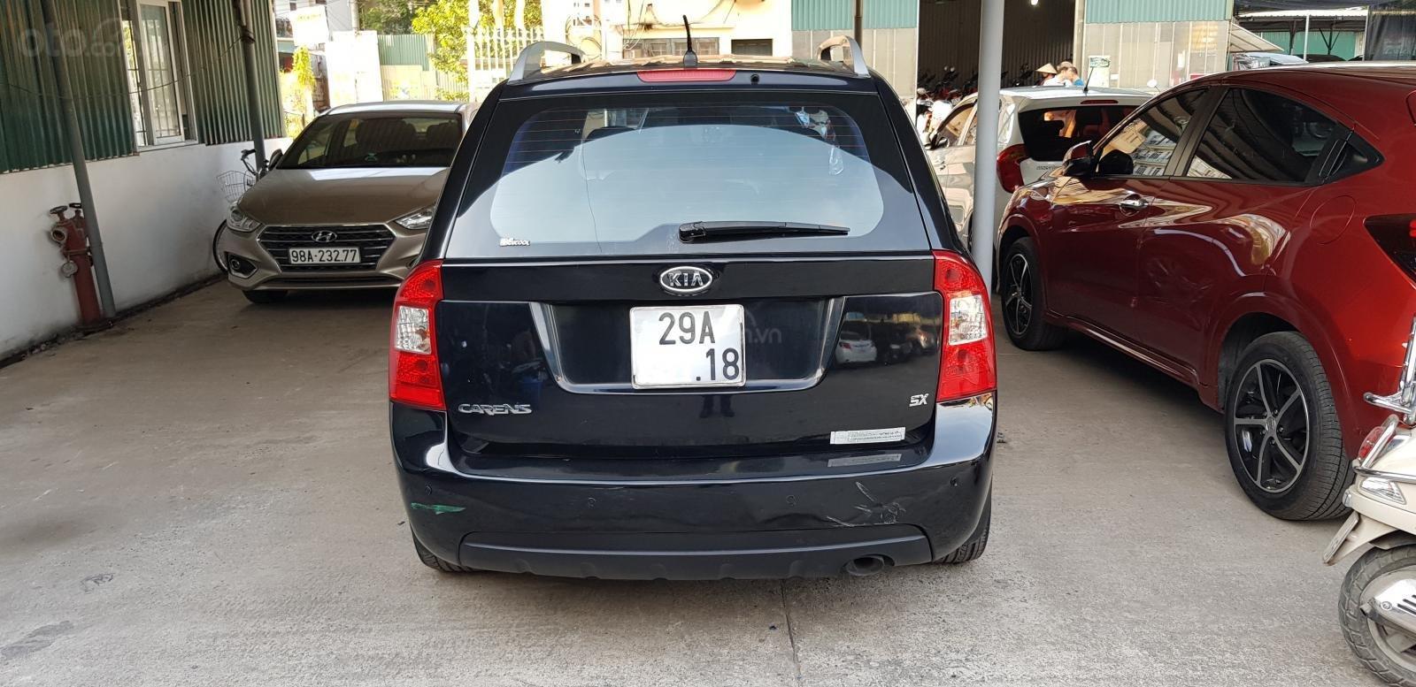 Bán ô tô Kia Carens SX2.0AT sản xuất năm 2011, màu đen, giá tốt (2)
