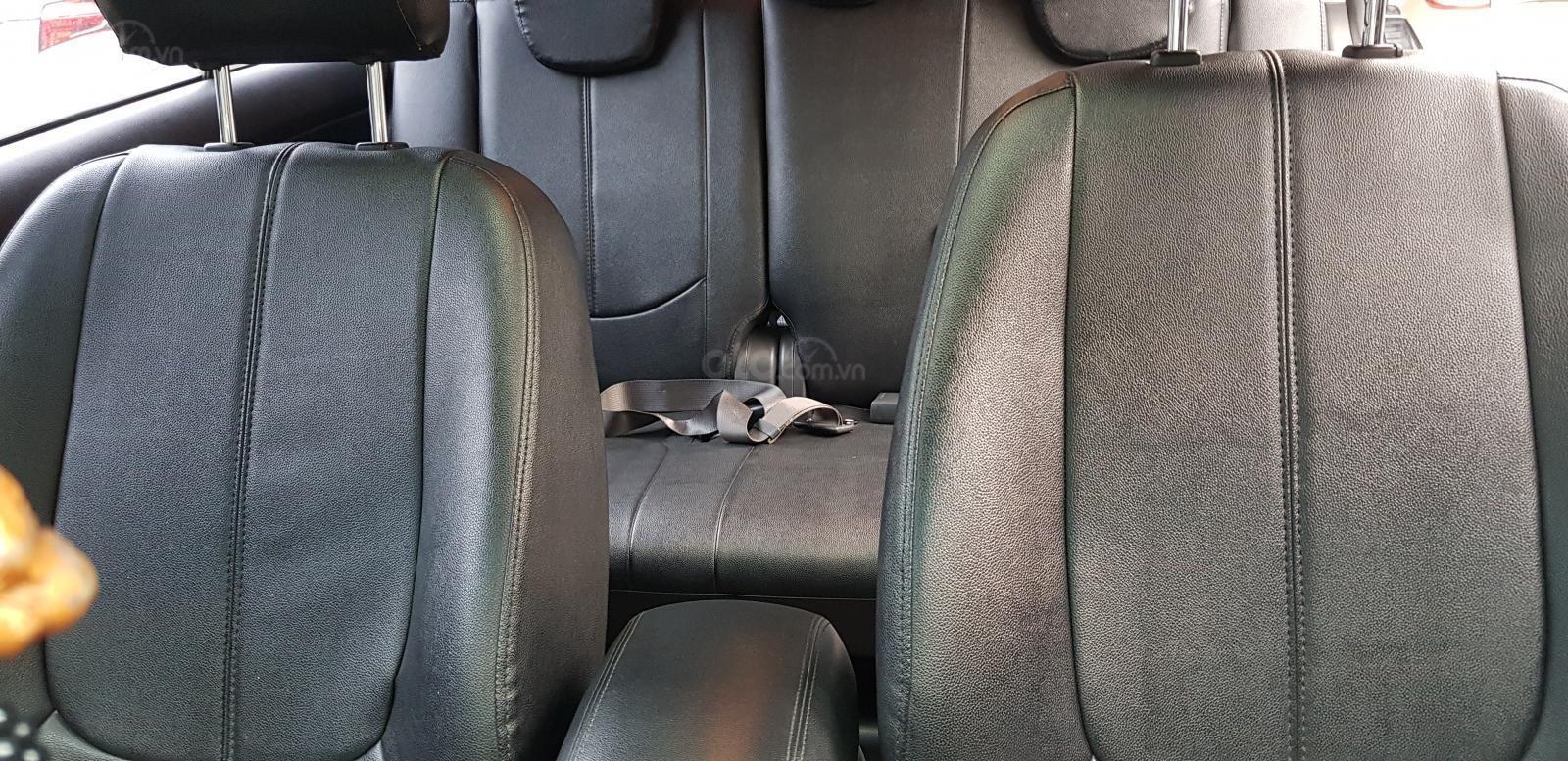 Bán ô tô Kia Carens SX2.0AT sản xuất năm 2011, màu đen, giá tốt (11)