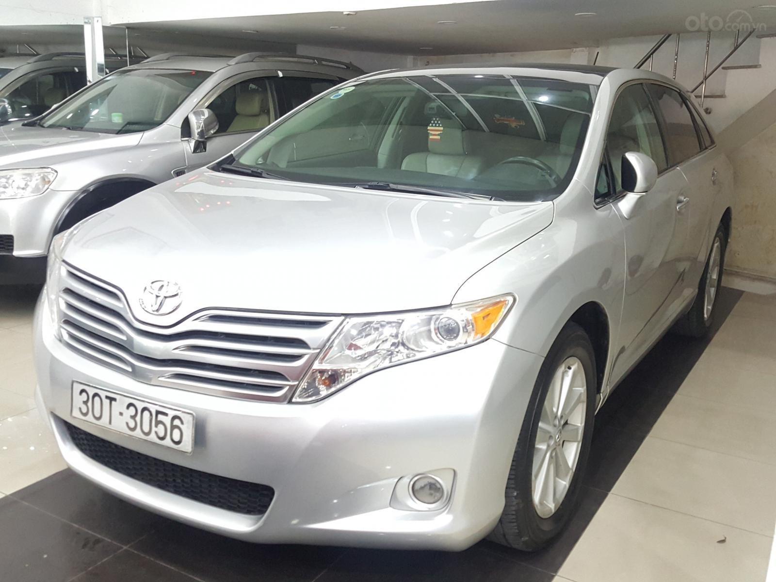 Cần bán Toyota Venza sản xuất 2009 bản full kịch, 1 chủ đi từ mới (1)