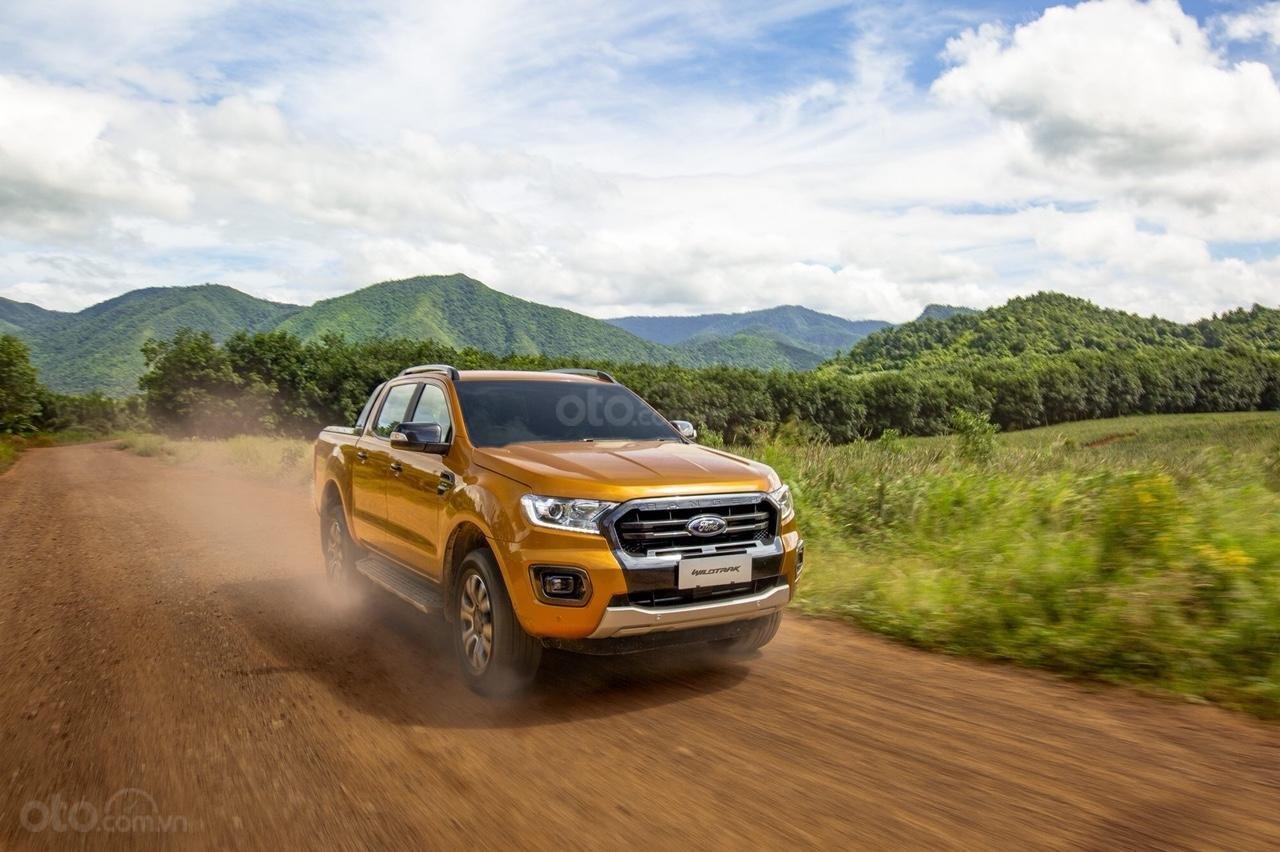 Hưng Yên Ford bán Ford Ranger XLS, XLT wildtrack 2019, chỉ 150tr là lấy xe, tặng phụ kiện. LH 0974286009 (5)