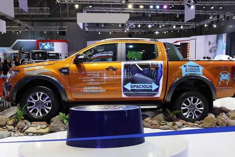 Hưng Yên Ford bán Ford Ranger XLS, XLT wildtrack 2019, chỉ 150tr là lấy xe, tặng phụ kiện. LH 0974286009 (2)