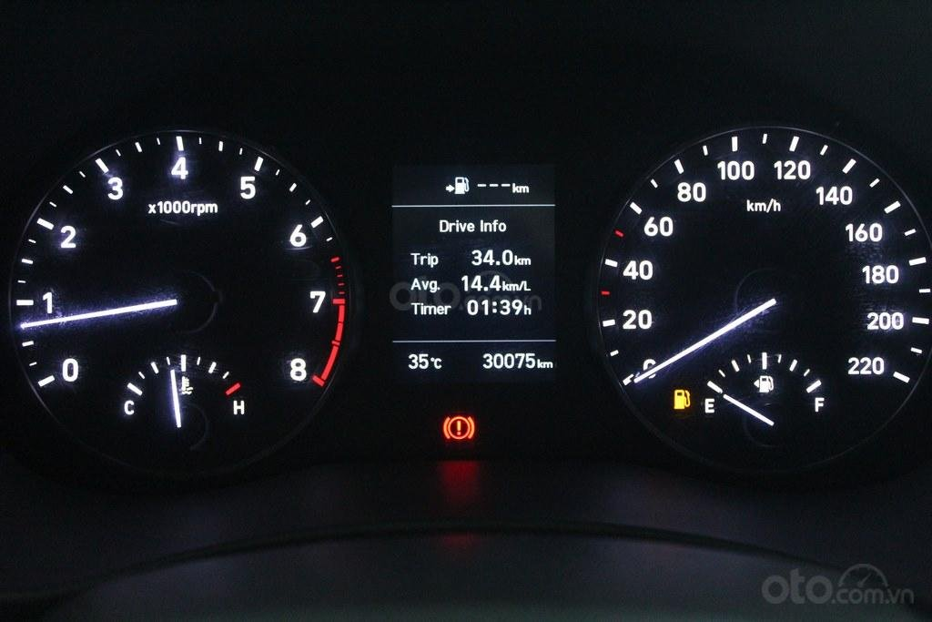 Hyundai Accent 1.4MT 2018, trả góp 70%, xe bao test, có bảo hành (9)