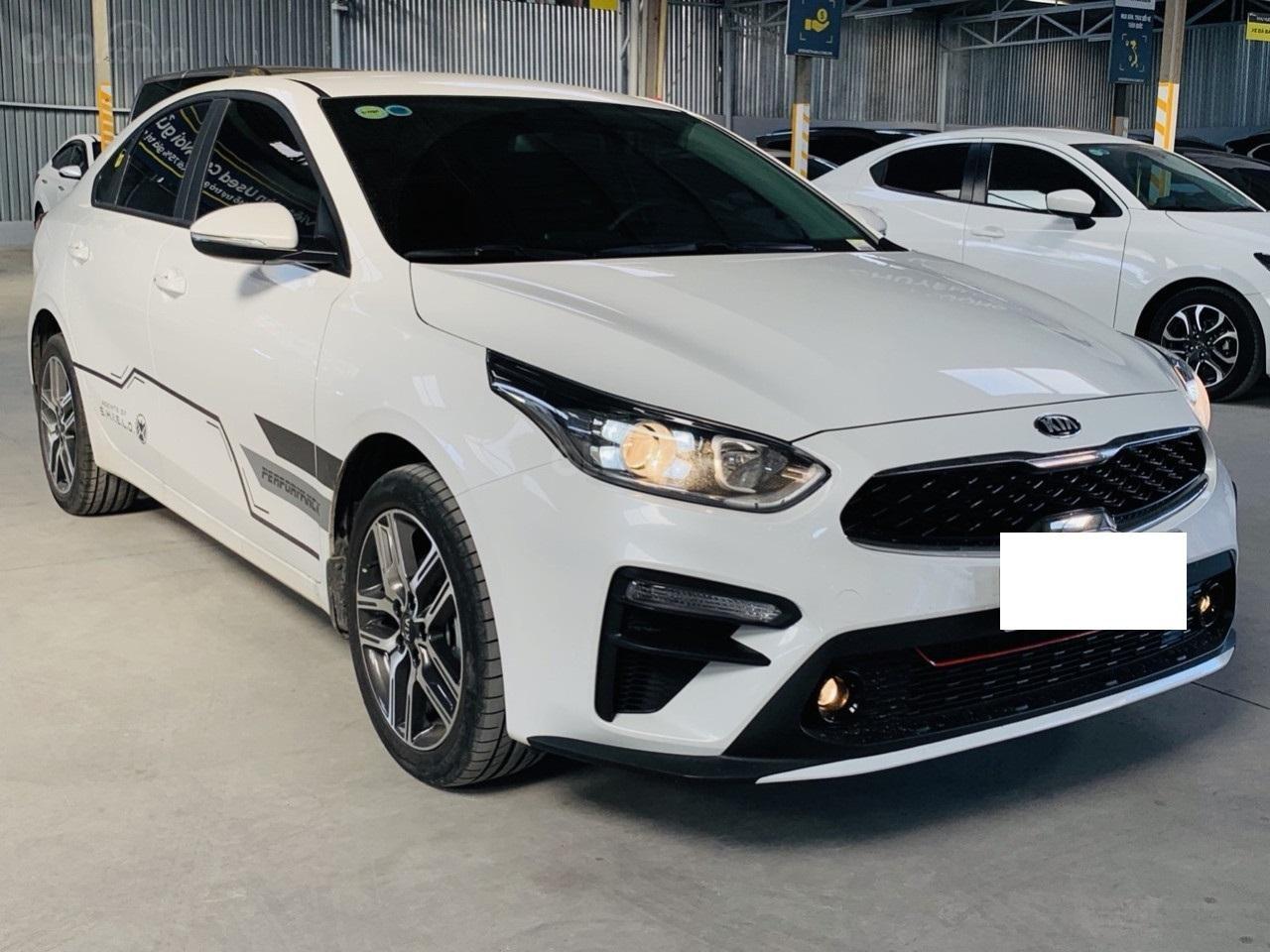 Hãng bán Kia Cerato 1.6MT, màu trắng, đời 2018, form mới 2019 (3)