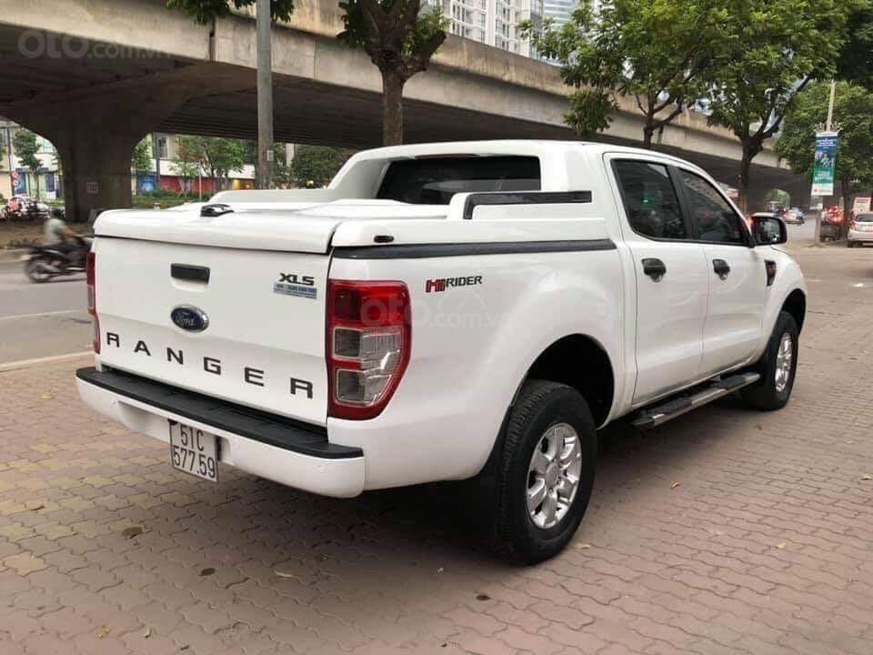 Cần bán xe Ford Ranger sản xuất 2015, màu trắng xe nhập giá tốt 498 triệu đồng (1)