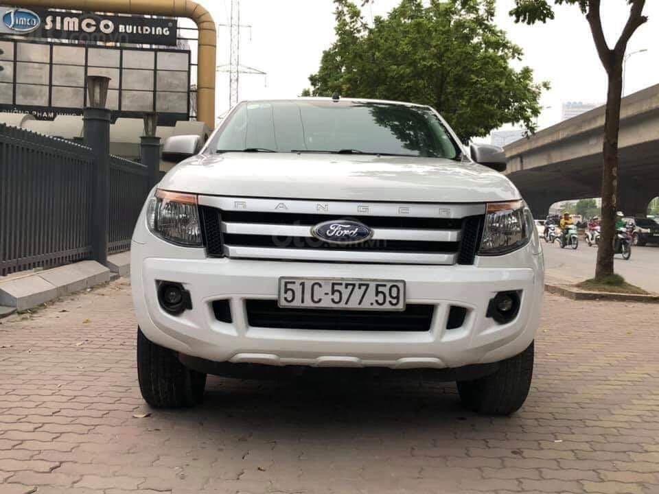 Cần bán xe Ford Ranger sản xuất 2015, màu trắng xe nhập giá tốt 498 triệu đồng (3)
