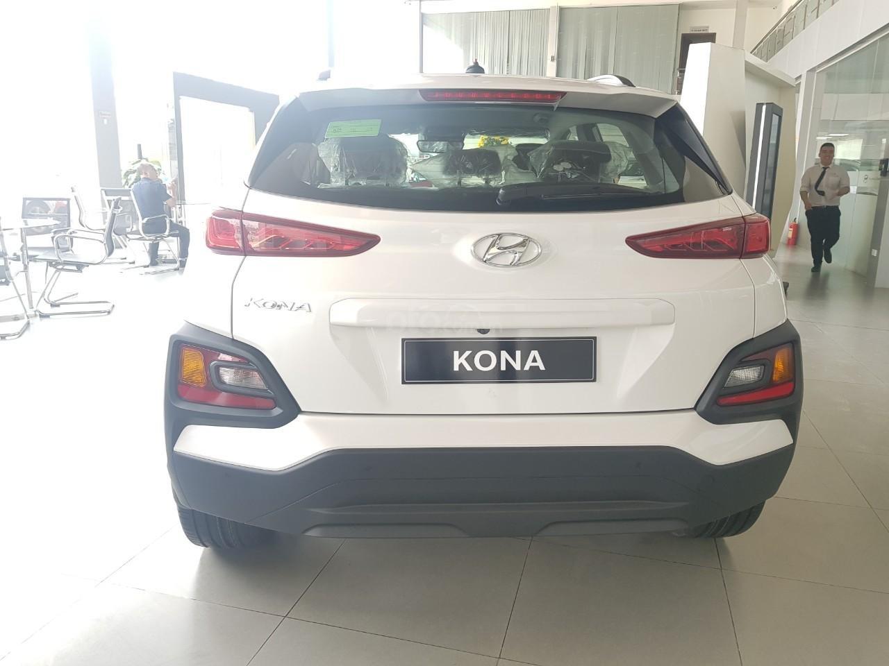 Hyundai Kona 2.0 AT 2019 giao ngay, giảm tiền mặt trên 40tr, trả góp 85%, LH: 0902 235 123 (3)