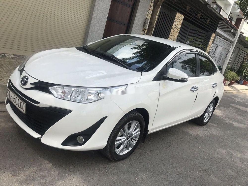 Cần bán xe Toyota Vios đời 2019, màu trắng (1)