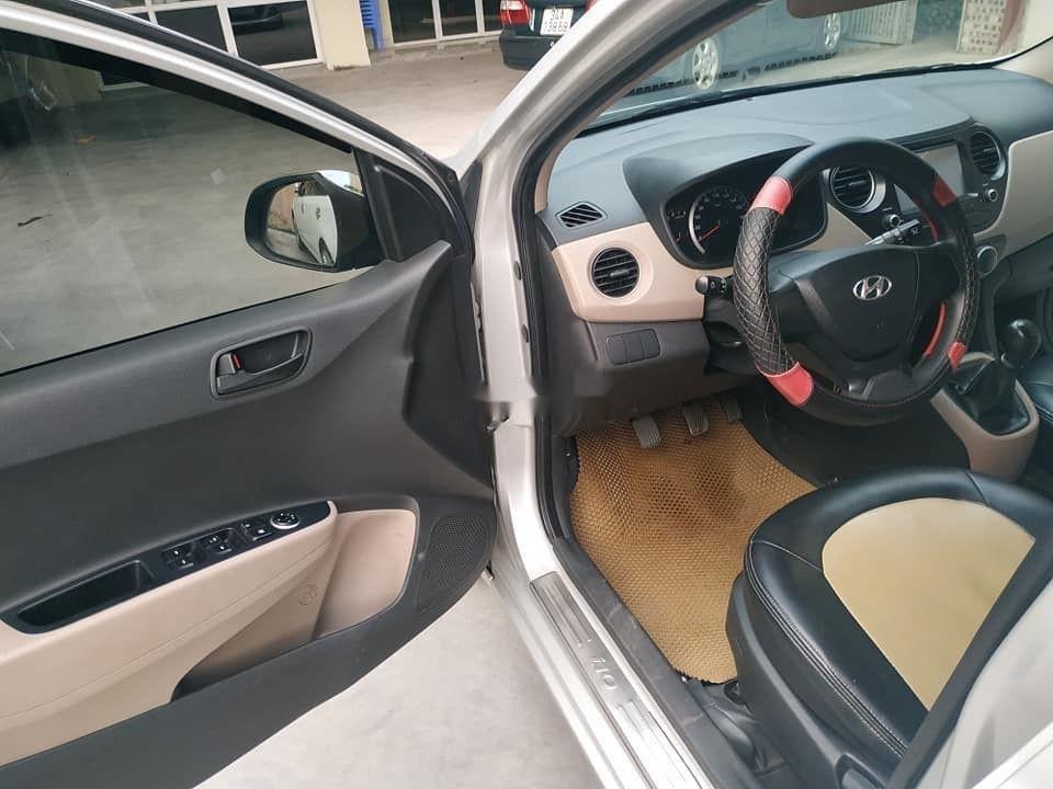 Cần bán Hyundai Grand i10 đời 2015, màu bạc, nhập khẩu nguyên chiếc (5)