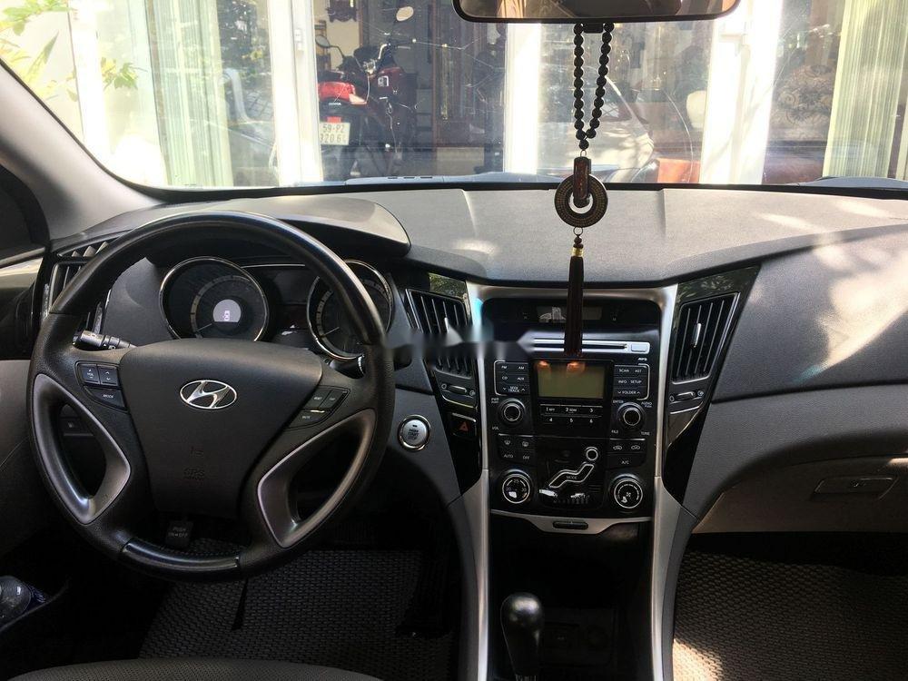 Cần bán Hyundai Sonata sản xuất năm 2012, màu trắng, nhập khẩu (5)