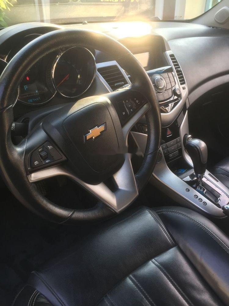 Bán ô tô Chevrolet Cruze đời 2014, màu đen còn nguyên bản (3)