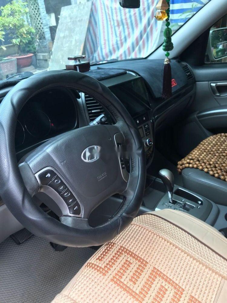 Cần bán Hyundai Santa Fe đời 2011, màu bạc, xe nhập, số tự động (7)