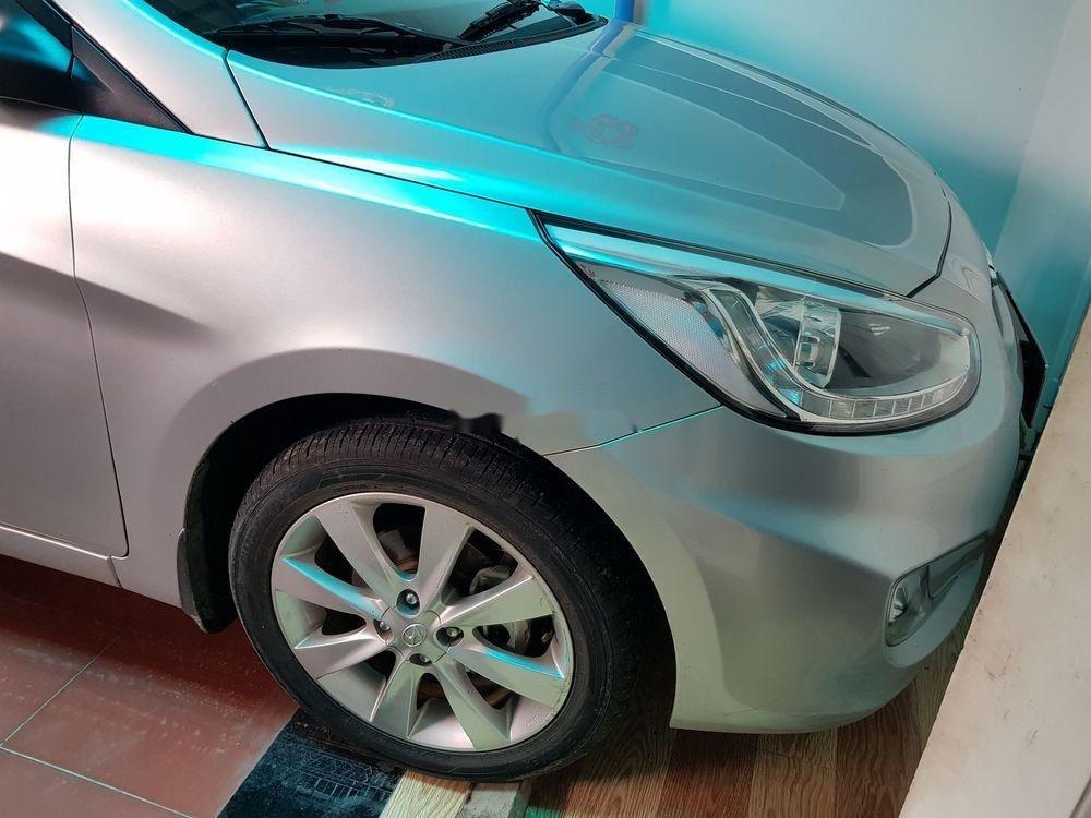 Bán ô tô Hyundai Accent sản xuất 2014, xe nguyên bản (5)