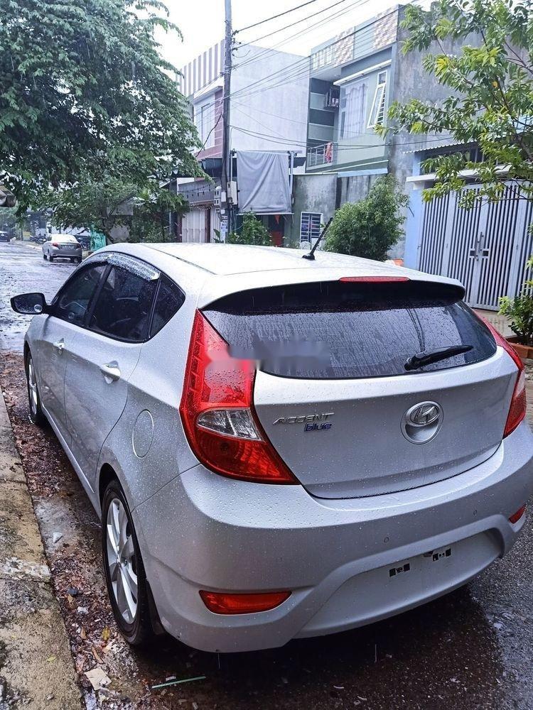 Cần bán Hyundai Accent đời 2015, màu bạc, nhập khẩu  (3)