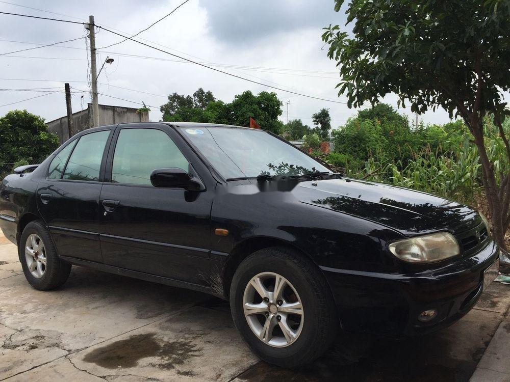 Cần bán Nissan Primera 1992, màu đen, nhập khẩu nguyên chiếc  (1)