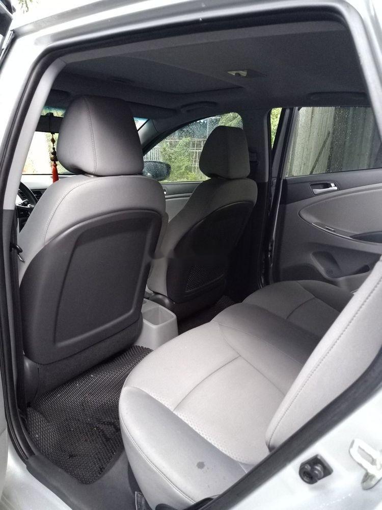 Cần bán Hyundai Accent đời 2015, màu bạc, nhập khẩu  (5)