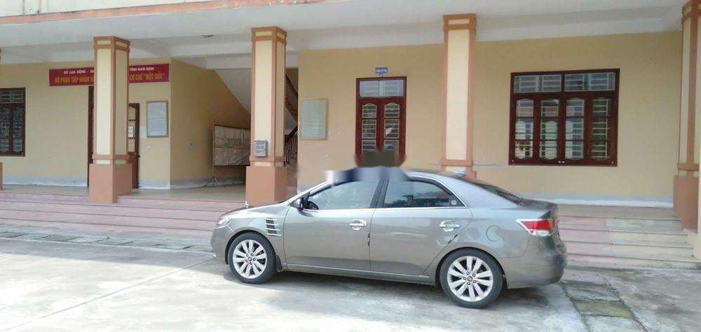 Bán xe cũ Kia Forte đời 2011, màu bạc (1)