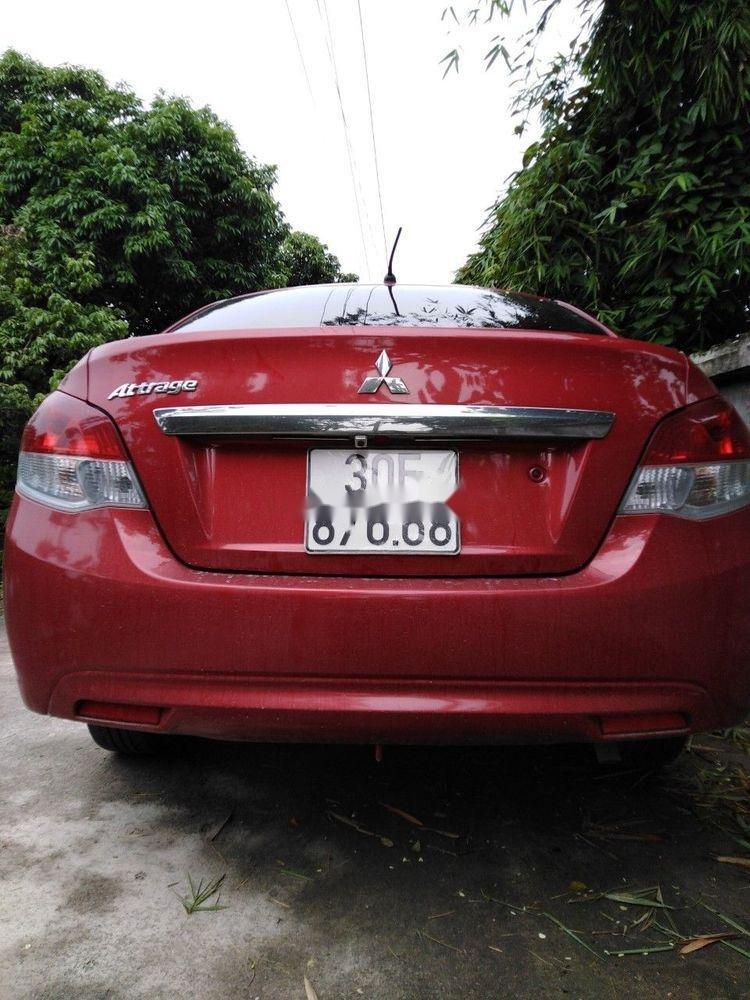 Cần bán Mitsubishi Attrage sản xuất năm 2017, màu đỏ, xe nhập (2)