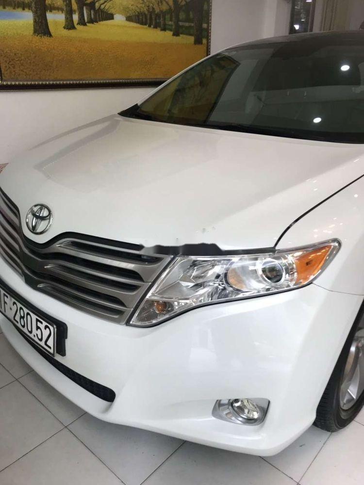 Cần bán lại Toyota Venza sản xuất năm 2009, màu trắng, nhập khẩu (1)