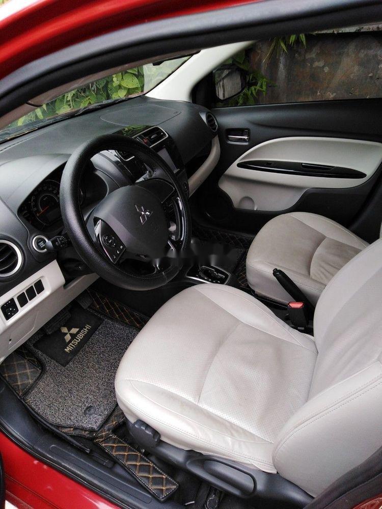 Cần bán Mitsubishi Attrage sản xuất năm 2017, màu đỏ, xe nhập (3)