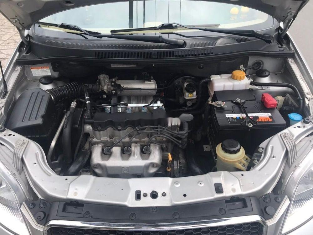 Cần bán Chevrolet Aveo năm 2017, màu bạc chính chủ, giá tốt, xe nguyên bản (10)