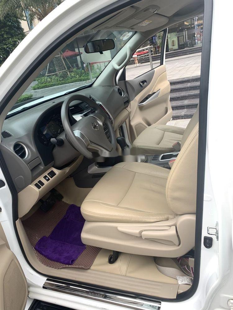 Bán Nissan Navara sản xuất 2016, màu trắng, nhập khẩu nguyên chiếc chính hãng (4)