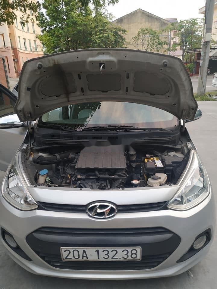Cần bán Hyundai Grand i10 đời 2015, màu bạc, nhập khẩu nguyên chiếc (9)