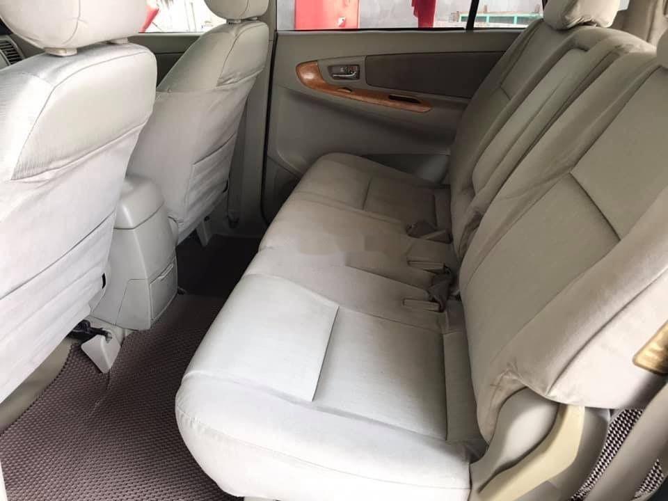 Bán ô tô Toyota Innova sản xuất năm 2010, 392 triệu, xe nguyên bản (4)