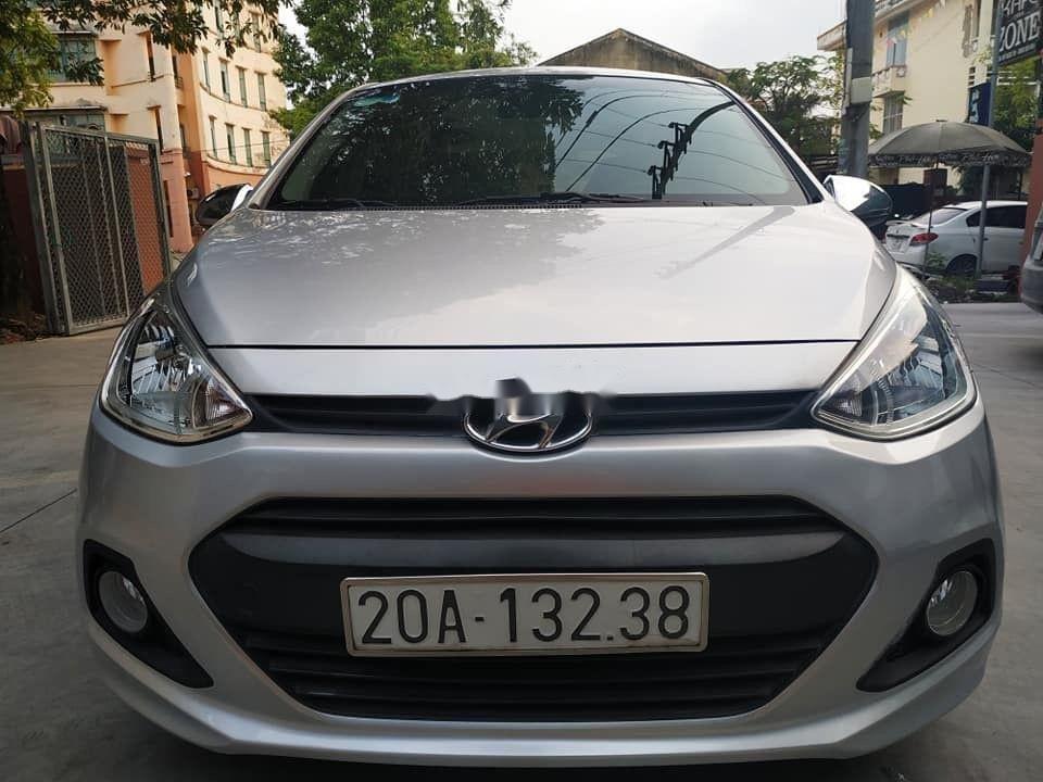 Cần bán Hyundai Grand i10 đời 2015, màu bạc, nhập khẩu nguyên chiếc (1)